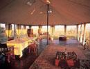 San Camp dining area